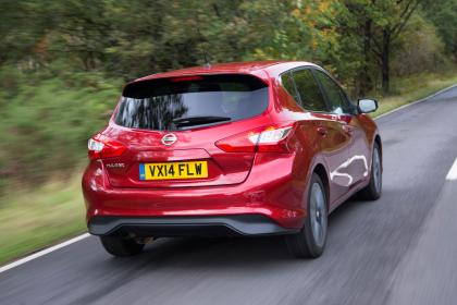 Nissan-Pulsar-2-Reviews-1